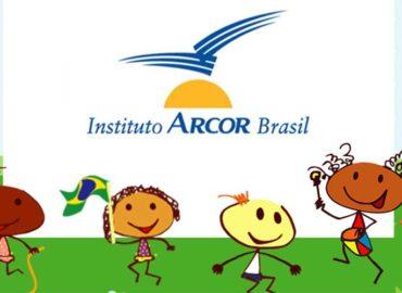 Doações de alimentos realizadas pelo Instituto Arcor Brasil beneficiam famílias